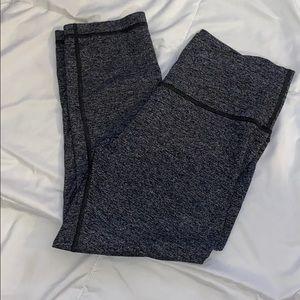 Lululemon Heathered Grey Crop Leggings Size 10